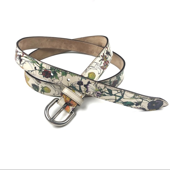 d1c2cabebd4 Gucci Accessories - ⚡️Gucci Belt Off-White w  Floral Butterfly Print